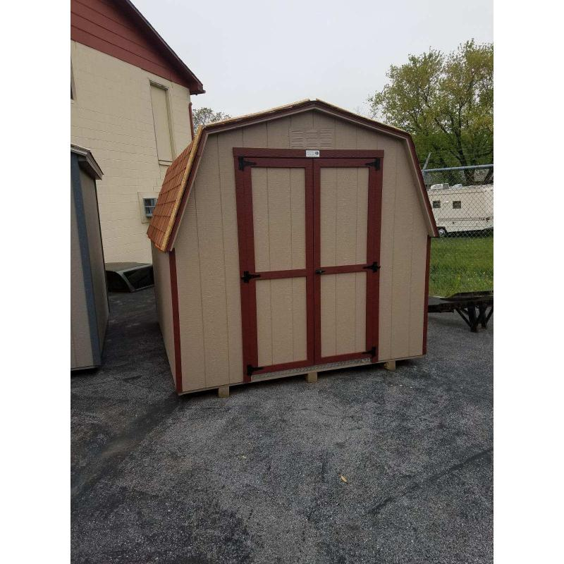 8x10 Low Wall Mini Barn - Beige with Red Trim
