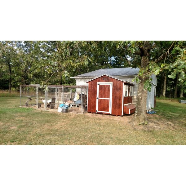 8x8 Chicken Coop - Red with White Trim and Run